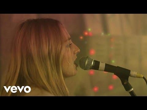 Lissie - Little Lovin- (Live)