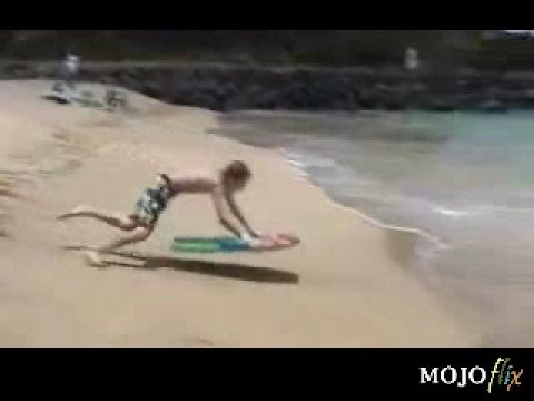 Para partirse de risa 1 (porrazo de surf)