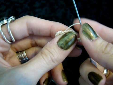 Needle Tatting Flower Pendant.MPG