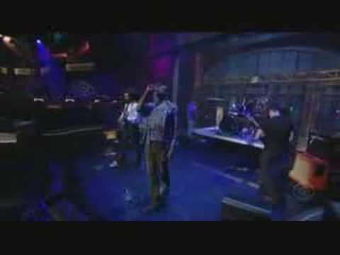 TV on the Radio - Wolf Like Me on Letterman