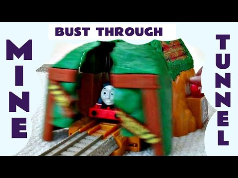 Thomas The Tank Engine Thomas & Friends Trackmaster BUST-THROUGH MINE TUNNEL