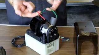 mqdefault bennett trim tab system overview youtube bennett trim tab pump wiring diagram at bakdesigns.co