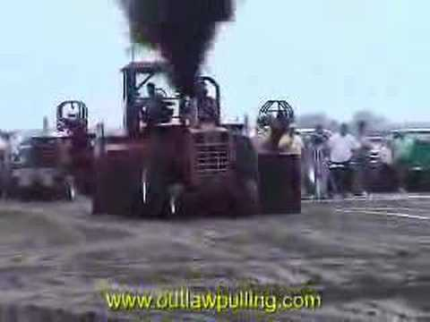 Truck/Tractor Pulling Video