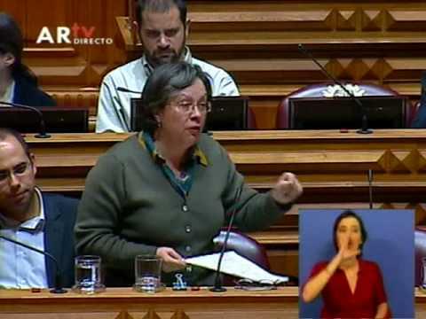 Helena Pinto intervém sobre emigração