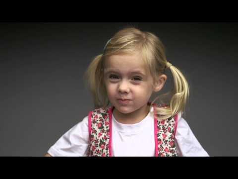 Crianças experimentam certos alimentos pela 1ª vez | Children tasting certain foods first time