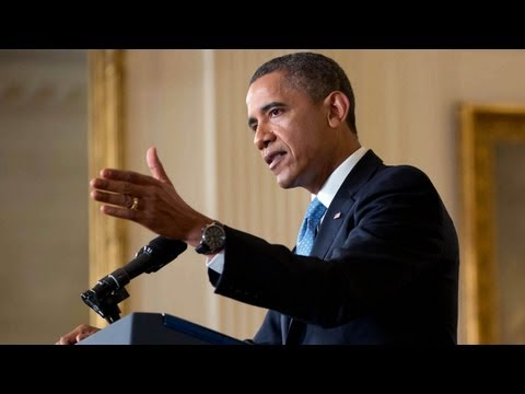 President Obama Holds a News Conference -7WQUHe2kINM