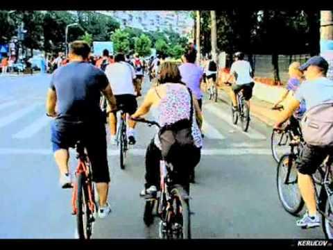 VIDEOCLIP Masa Critica Bucuresti, 29 iulie 2011