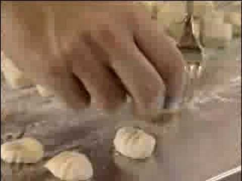 Gnocchi with gorganzola - Italian Recipes - UKTV Food