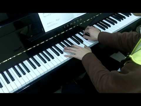 Trinity Guildhall Piano 2012-2014 Grade 2 No.1 Mattheson Menuet from quatrieme pour le clavecin