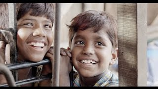 Kakka Muttai  Movie Trailer