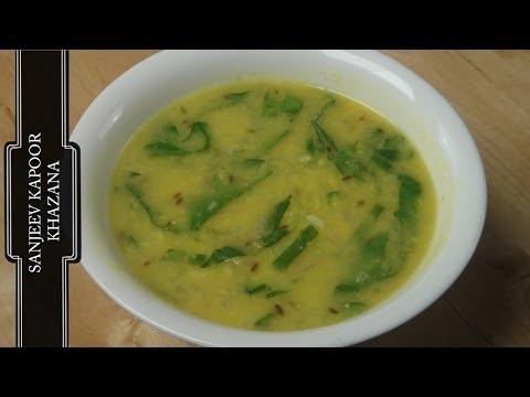 Palakwali Moong Dal (Spinach Dal)