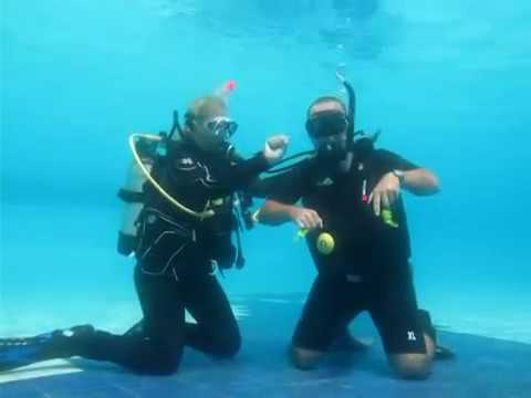 Scuba Diving Skill Demonstration for IDC and/or Divemaster -7znXubpmzAI
