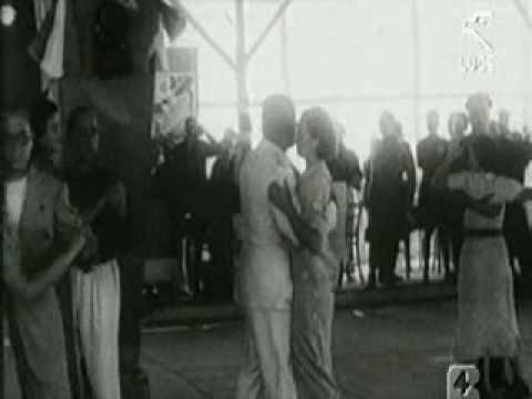 Mussolini balla