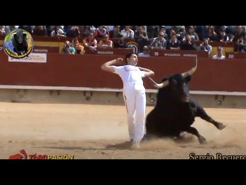 """Concurso de Recortes CASTELLÓN """"La Magdalena"""" 2013"""