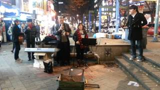 If I Ain't Got You by Alicia Keys - Impromptu Live Cover at 홍대 streets