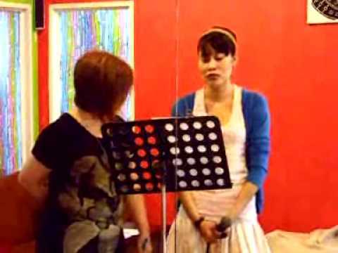 เรียนร้องเพลงกับครูแอร์