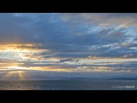 Norwegian cloudy sunset - HD time lapse