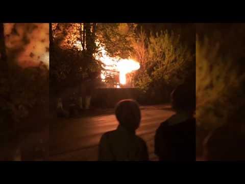 На Красной площади сгорел дом