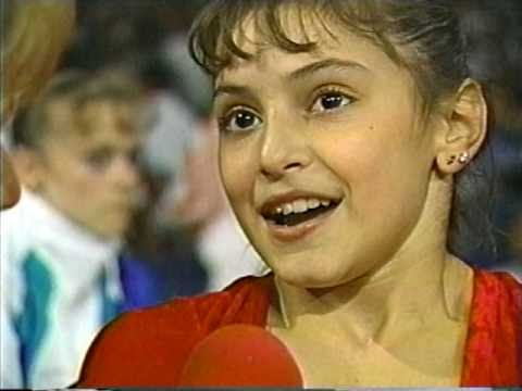DOMINIQUE MOCEANU - AT 13 - WINNING USA NATIONALS AS THE YOUNGEST EVER - 1995 - VOB
