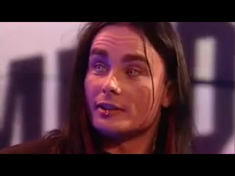 Dani Filth gets insulted - BBC