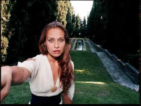 Fiona Apple - Why Try To Change Me Now