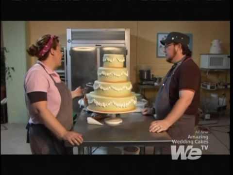 Amazing Cakes Danielle and Joel Cut