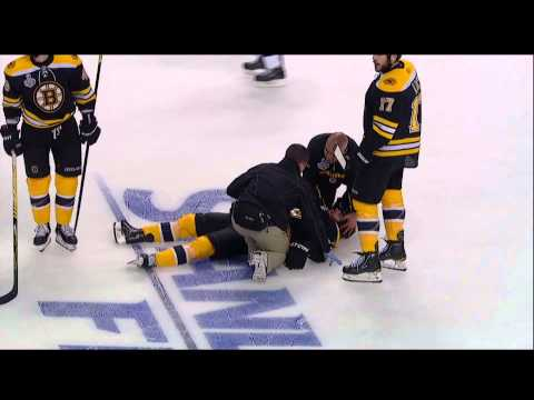 Rome Hit on Horton - Canucks at Bruins - R4G3 2011 Playoffs - 06.06.11 - HD