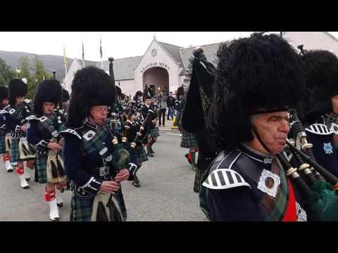 Braemar Gathering 2016 - Royal Highland Society & Pipe Band March to Games Field - UCJhyoxjIkGZAmuCF2Y3mLpA