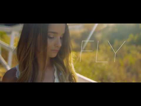 Annie LeBlanc - Fly lyrics - with music video - UCOs7Re3sjYJ9lICmrBqrETw