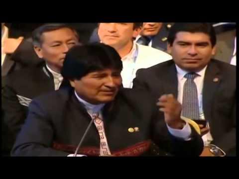 <b>Cumbre del Mercosur.</b> Evo brome� sobre el picadito que le gan� a Urribarri y elogi� a los entrerrianos
