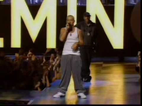 Eminem - The Real Slim Shady   The Way I Am - Live At The MTV Music Awards