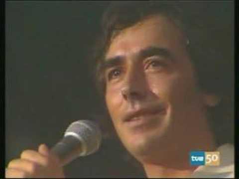 Joan Manuel Serrat - Esos locos bajitos -Musica maestro 8