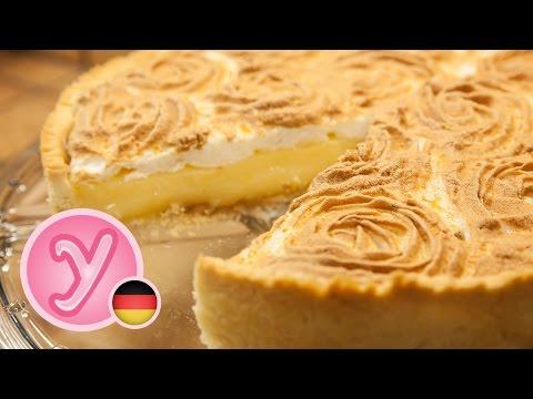 selbstgemachter LEMON MERINGUE PIE mit Zitronencremefüllung und fluffiger Baiserhaube - UC990hStWQ3tgj1Zk_ASTRoQ