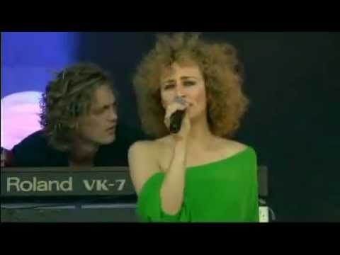 Hooverphonic - Rock Werchter 2006 » 02 Jul » Main Stage (FULL CONCERT)
