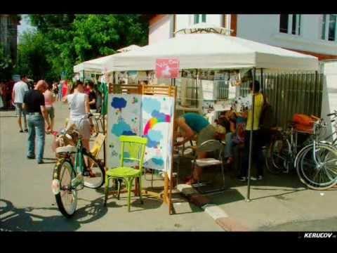 VIDEOCLIP Duminica pe biciclete la Femei pe Matasari