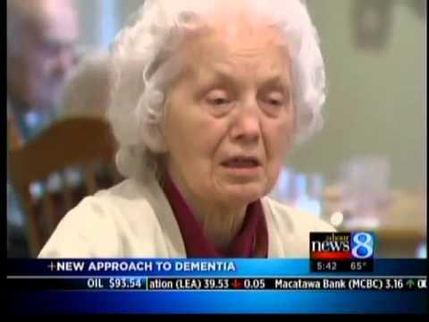 Dementia patients use Montessori method