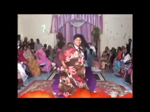 Somali lady Dance