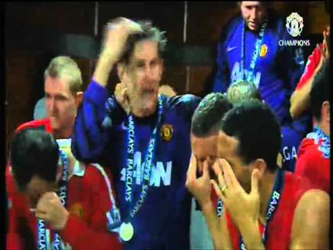 Manchester United dressing room celebration Premier League title 2010/11