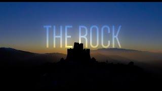 La Roca filmada por un drone