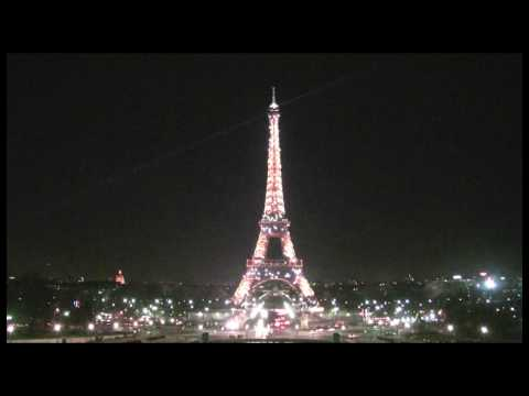 Paris Eiffel Tower Sparkles at Night in HD