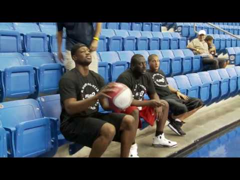 Dwyane Wade shows of his trick shots