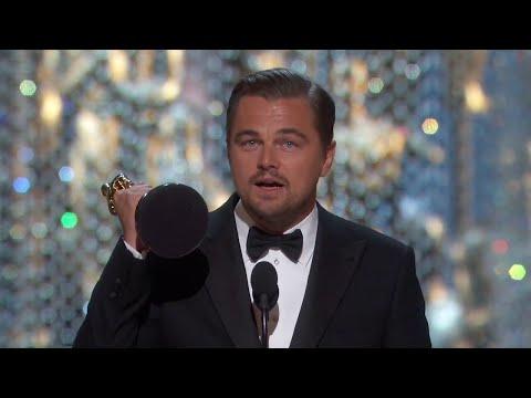 Анхны Оскараа авах мөч