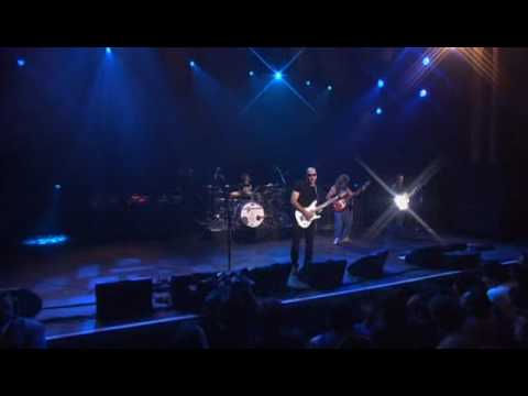 Joe Satriani - Flying In A Blue Dream (Satriani LIVE!)
