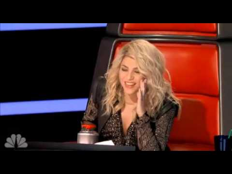 Shakira's claws came out on the voice!
