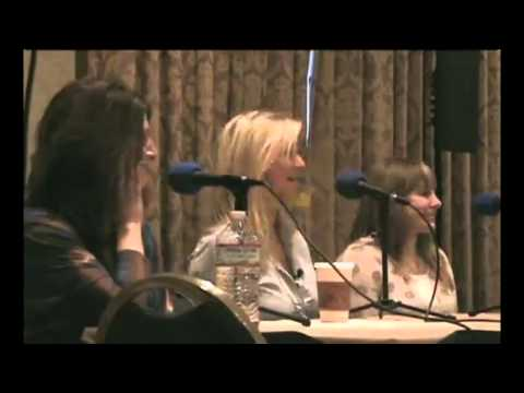BroNYcon Interview with Ashleigh Ball, Andrea Libman, and Nicole Oliver! (3/5)
