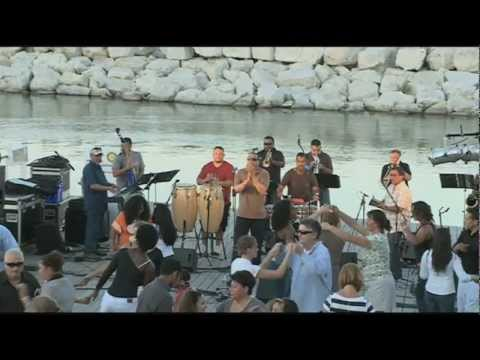 LIVE @ the Lakefront | Concert | Naborí