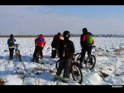 VIDEOCLIP Traseu MTB Padurea Magurele - Jilava, 60 km pe biciclete
