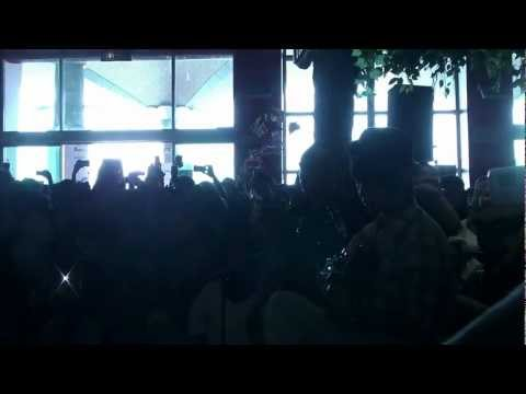 (Big Bang) Blue - Sungha Jung (Live)