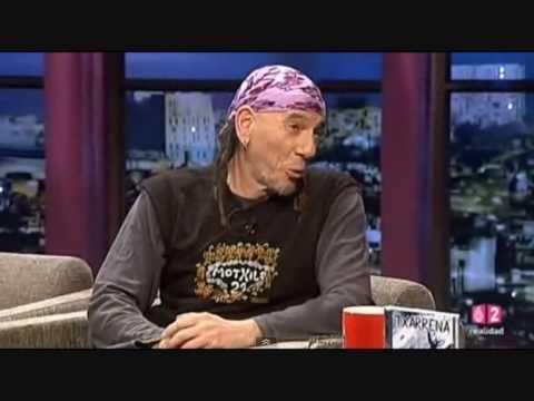 Txarrena El Drogas en Buenafuente -  Entrevista + Actuación