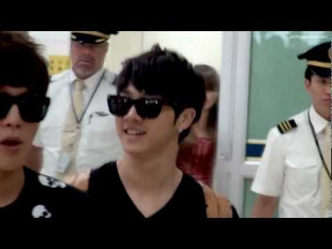 [Fancam] 110826 BEAST Gikwang @ Gimpo Airport back from Japan